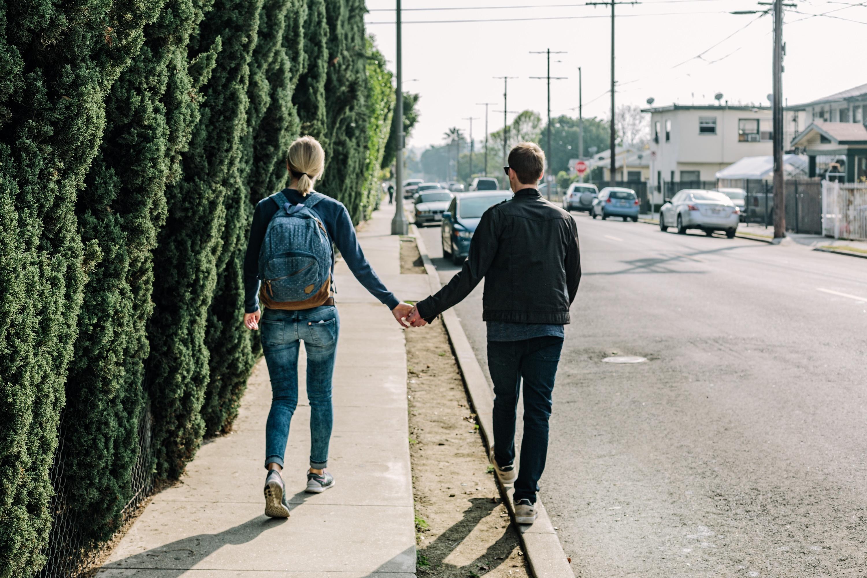 За яких умов неповнолітні мають право одружуватись? – пояснив Хмільницький міськрайонний суд