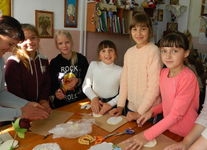 Хмільницькі школярі відвідали територіальний центр соціального обслуговування