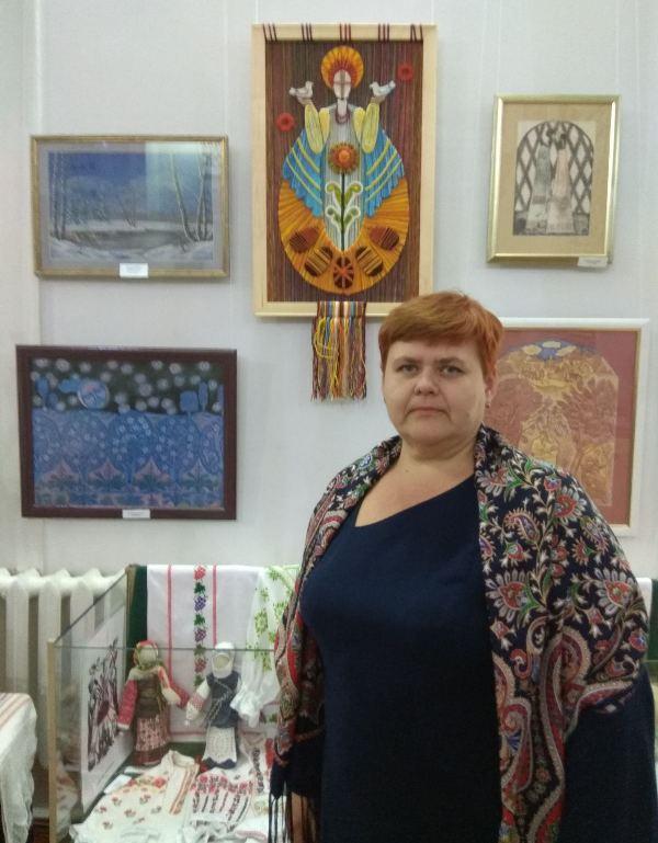 Хмільницькі вчителі школи мистецтв беруть участь у обласній виставці образотворчого мистецтва