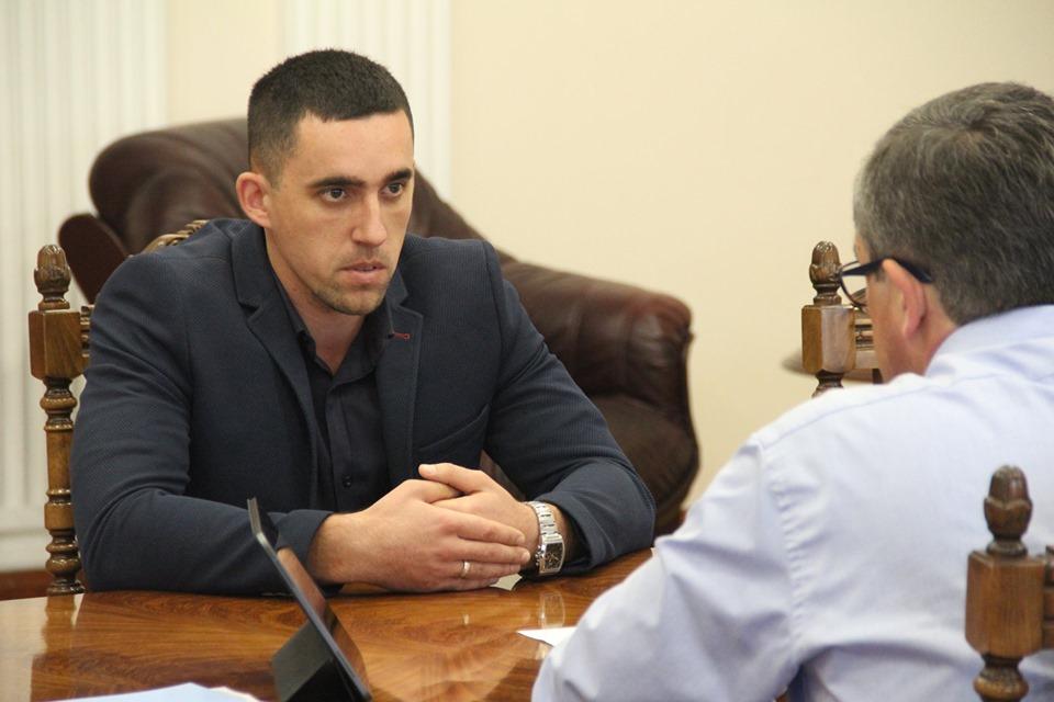 Чи допоможе «ліфт» Лелітському сільському голові Максиму Мазурику стати головою РДА?