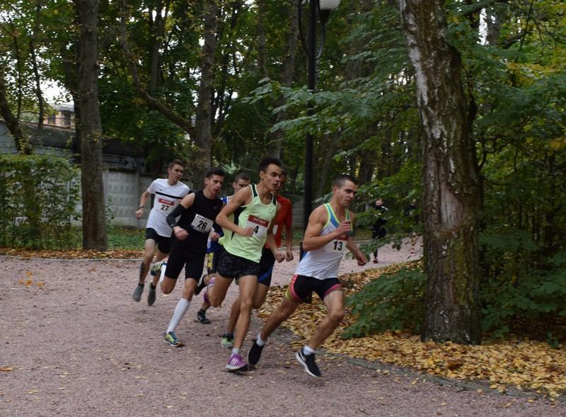 Чемпіонат Вінницької області з легкоатлетичного кросу відбувся у Хмільнику