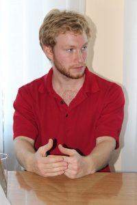 Американський волонтер два роки працюватиме у Хмільнику