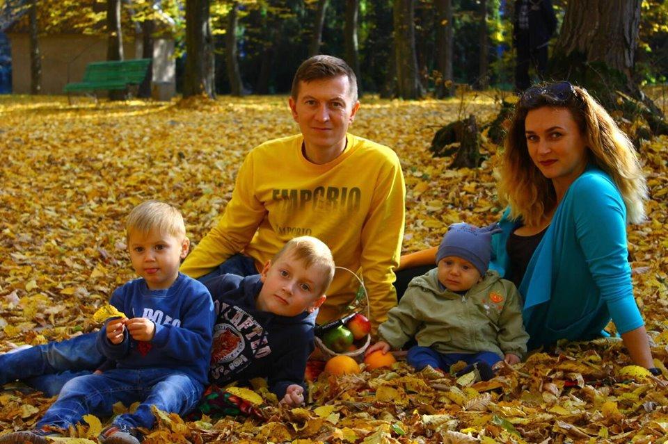 Бути мамою трьох дітей: встигнути все