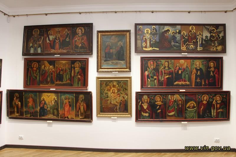 Відкрито виставку унікальних подільських ікон з приватної колекції нашого земляка – художника Володимира Козюка