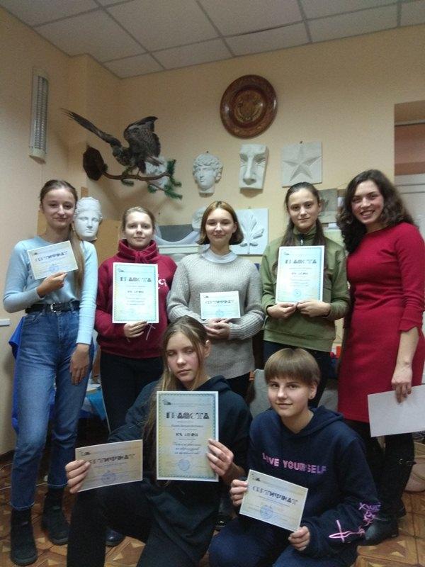 Юні художники з Хмільника перемогли у всеукраїнському конкурсі графічного мистецтва