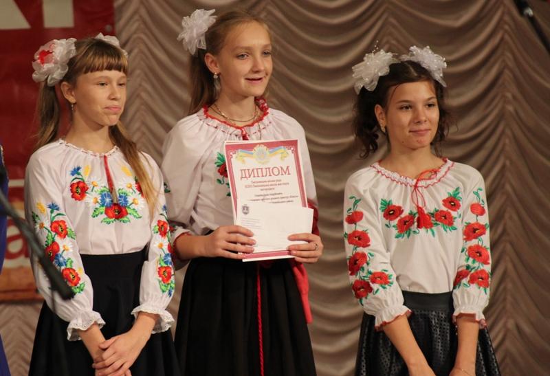"""Вісім дитячо-юнацьких духових оркестрів Вінниччини взяли участь у фестивалі """"Хмільницькі сурми"""""""