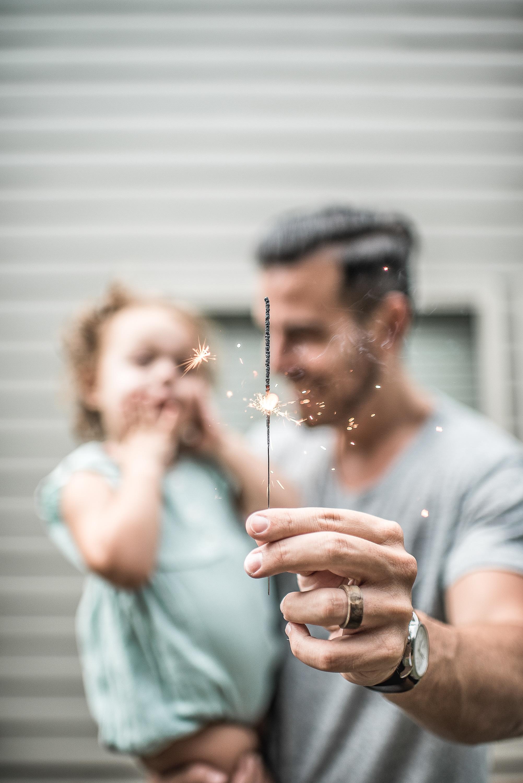 Новий рік і батьківство: як святкувати з дітьми різного віку