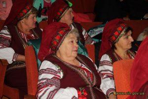 Урочисто презентували книгу про історію села Лозни Хмільницького району