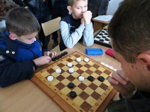 Хмільницькі школярі змагались у турнірі з шашок