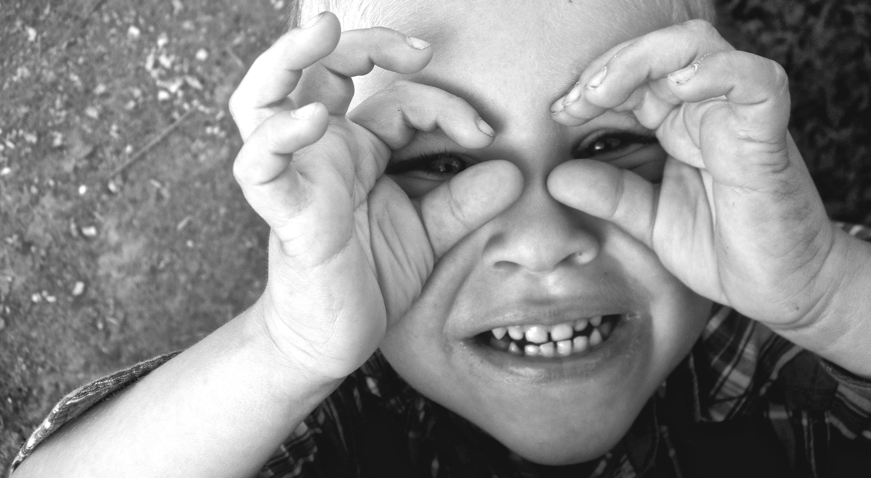 Як пояснити дитині про кордони тіла?