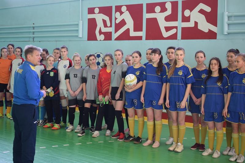 У Хмільнику змагались юні футболісти та футболістки