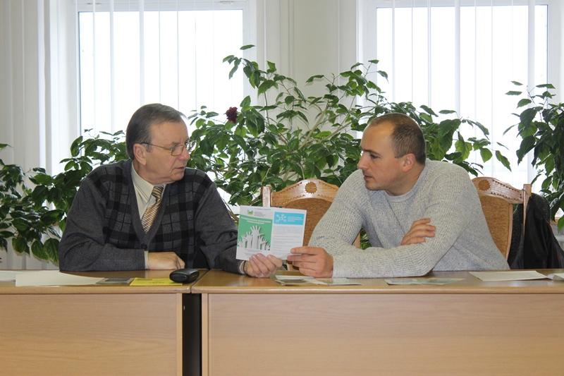 """Проект """"Створення системи безоплатної правової допомоги"""" презентували у Хмільнику"""