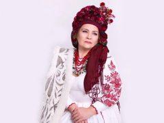 Фото матері хмільницького бійця Сергія Муравського є на фотовиставці, що присвячена матерям загиблих воїнів-героїв