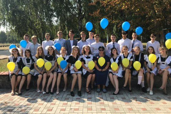 """Вперше у школах Хмільника та Хмільницького району – останній дзвоник у режимі """"онлайн""""!"""