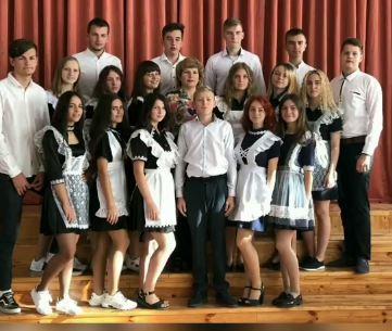 Зворушливе відео для педагогів від випускників школи-гімназії Хмільника
