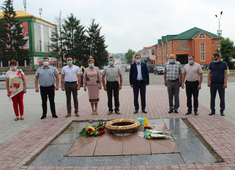 Хмільничани вшанували пам'ять земляків, які загинули під час Другої світової війни