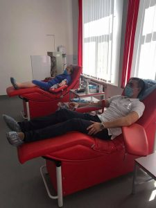 Понад 12 літрів крові за весь час здав голова РДА Максим Мазурик і заохочує до цього своїх підлеглих