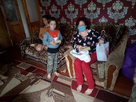 72 дітям з Хмільницького району вручили подарунки до Дня родини