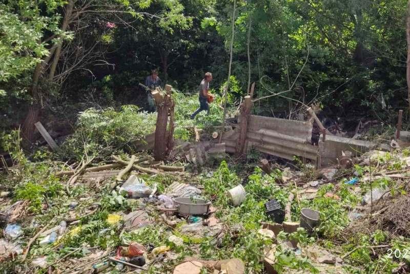 Хто винен у стихійних смітниках на території Хмільника?