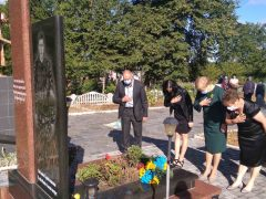 Загиблих Героїв-Захисників України вшанували сьогодні у Хмільницькому районі. А ще у нас відбулось виїзне засідання Координаційної ради ветеранів АТО при облдержадміністрації