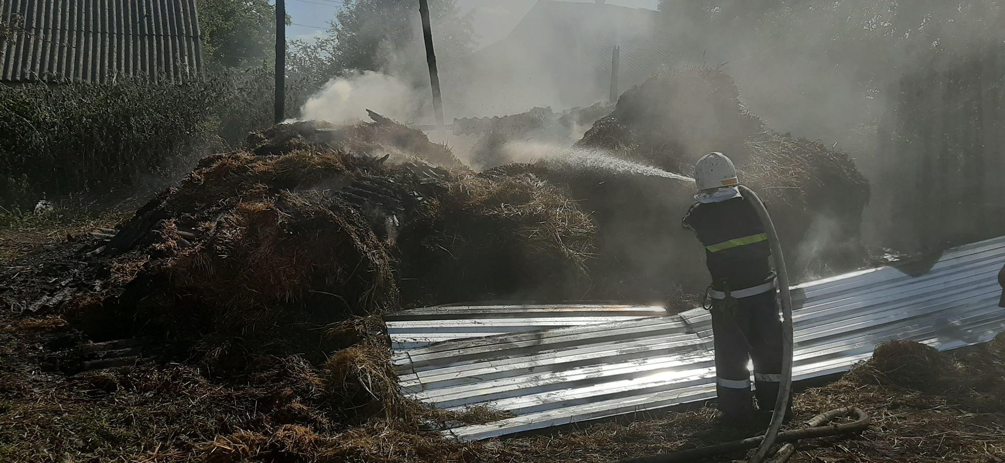 Сіновал згорів у Семках