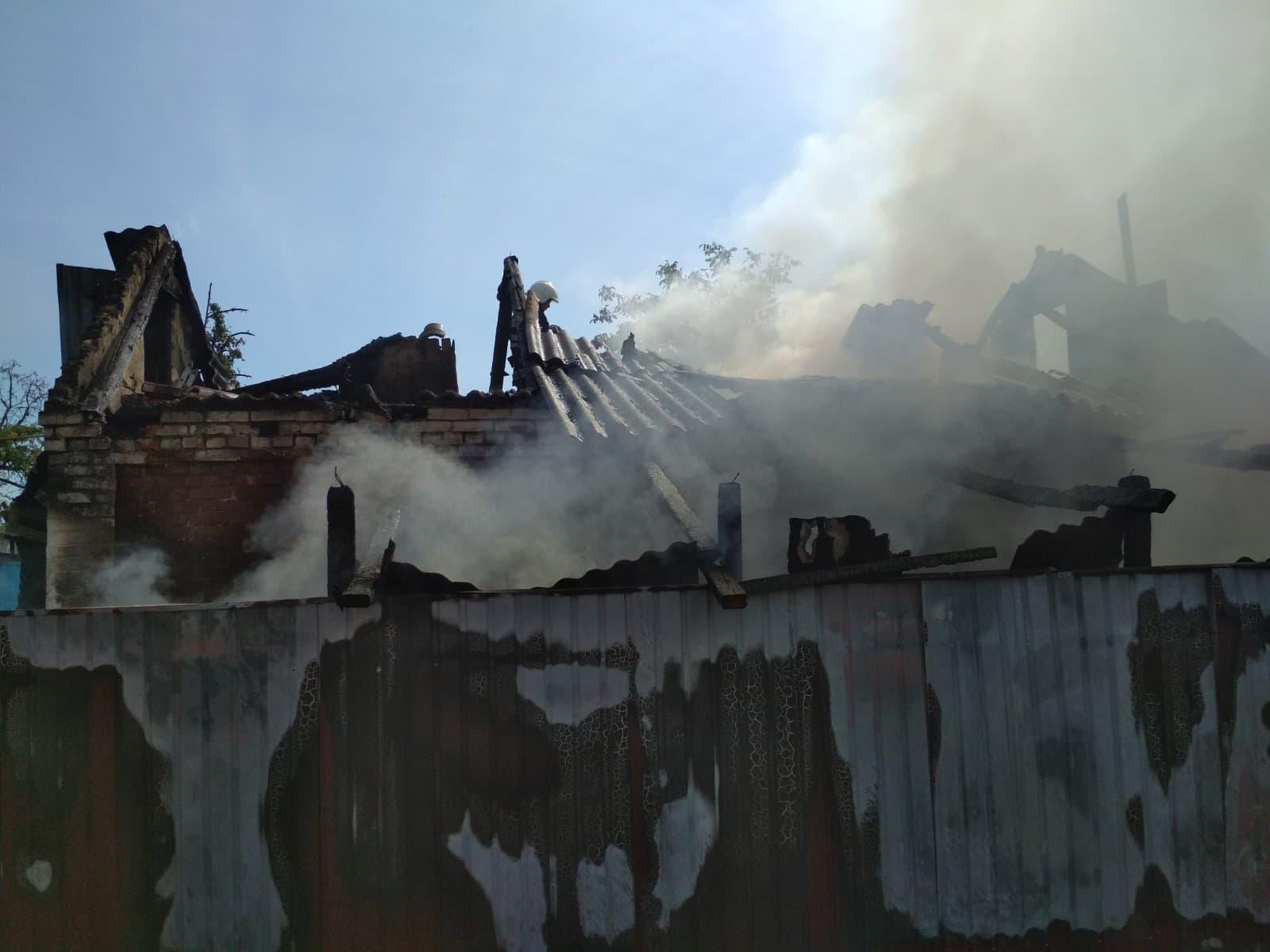Господарська будівля згоріла в неділю у селі Білий Рукав