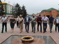 Сьогодні 75-а річниця закінчення Другої світової війни: відбулось покладання квітів