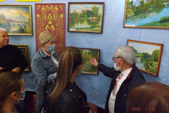 Відкриття виставки до Дня міста відбулося в історичному музеї Хмільника