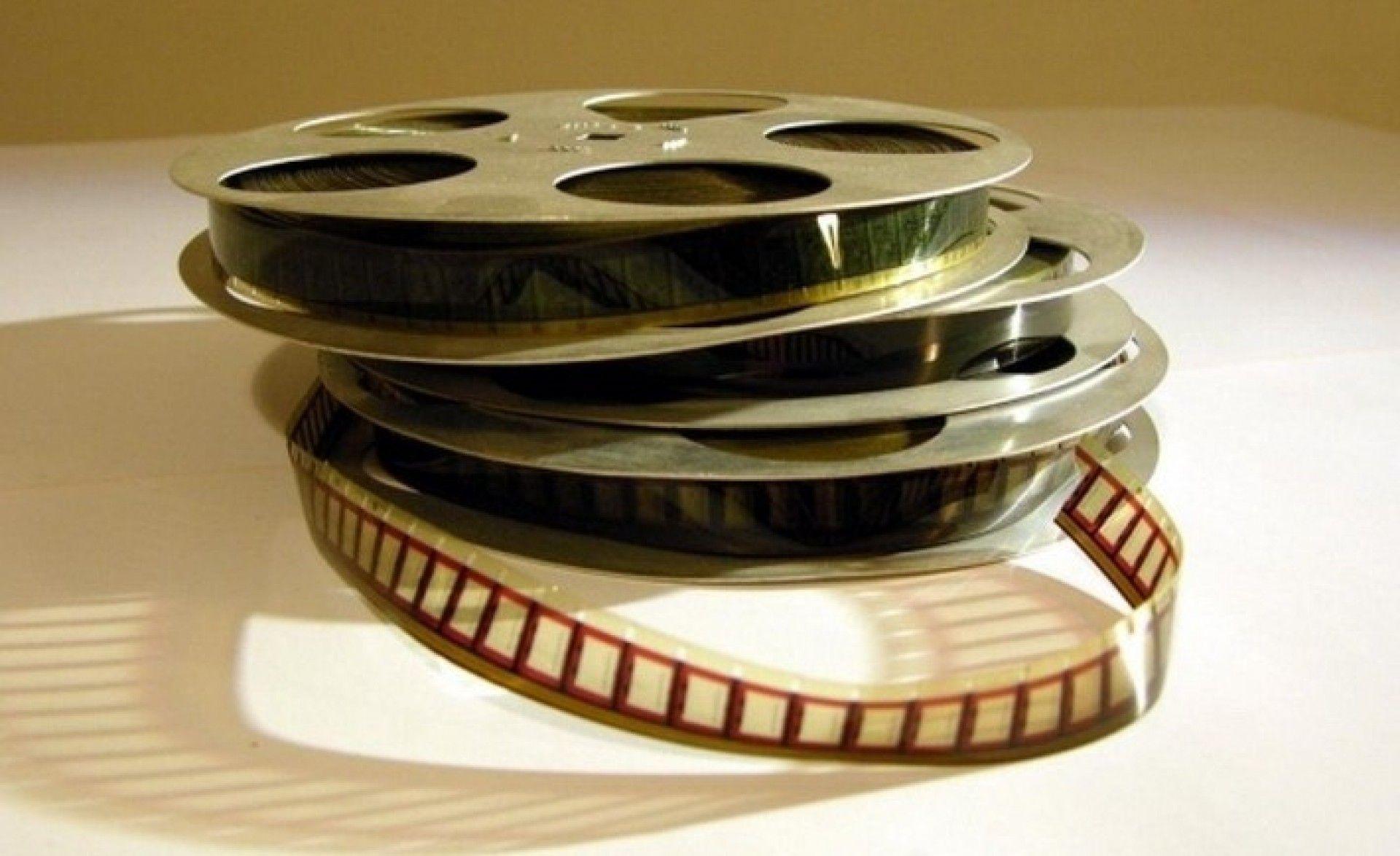 Хмільничан запрошують взяти участь у конкурсі мультимедійних проектів «Врятувати від забуття»