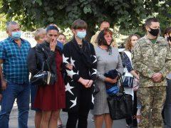 На Хмільниччині вшанували пам'ять учасника АТО/ООС Андрія Сторожука, який рік тому поблизу Мар'їнки загинув від снайперської кулі