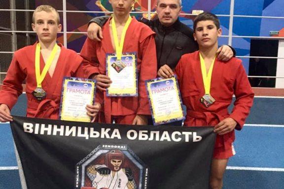 В Чемпіонаті України з Бойового Самбо Вінниччину представили хмільничани і здобули переможні місця
