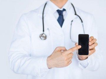 Лікарі сімейної медицини закликають хмільничан дбати про безпеку свою та своєї родини: список контактів сімейних лікарів