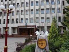 З  25 листопада по 10 грудня будівля Хмільницької міської ради світитиметься помаранчевим кольором