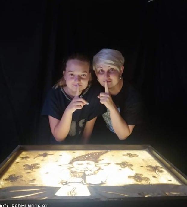 Юна хмільничанка разом із вінничанами пропагує пісочне мистецтво в Україні