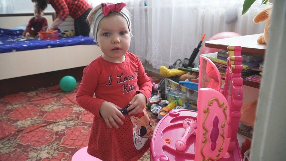Дворічна дівчинка з Хмільницького району перемогла у Всеукраїнському конкурсі колядок