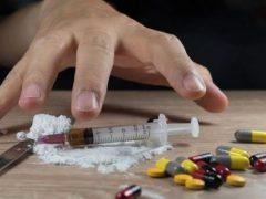 В Хмільницькому районі затримали наркозбувача: обладнання для виготовлення наркотиків у нього вилучали тричі