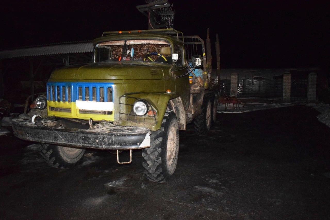 Збив вантажівкою, тіло викинув у річку та втік: жахлива трагедія трапилась на Хмільниччині