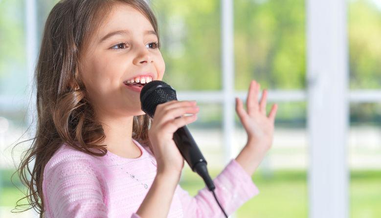 Співучих хмільничан запрошують взяти участь в конкурсі «Кольори голосів» «COLORS OF VOICES»