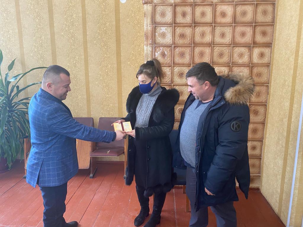 """Почесне звання """"Мати-героїня"""" присвоєно 7 жінкам новоутвореного Хмільницького району"""