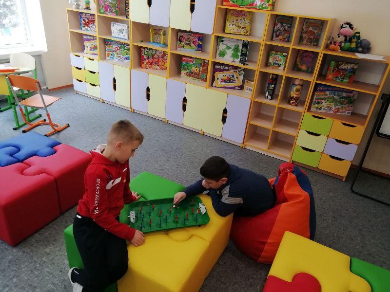 В четвертій міській школі активно впроваджують практики інклюзивної освіти: ресурсні кімнати є у трьох школах міста
