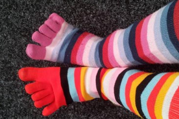 Хмільничан запрошують вдягнути різні шкарпетки та відчути себе особливими