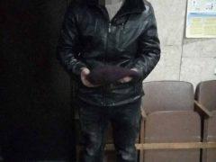 Напав на двох жінок і побив пенсіонера:  поліцейські затримали підозрюваного 23-річного жителя Хмільницького району