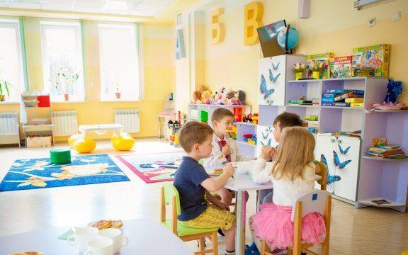 Посилені карантинні заходи продовжено, а в Хмільницькій громаді до звичного режиму повернуться лише дитсадочки