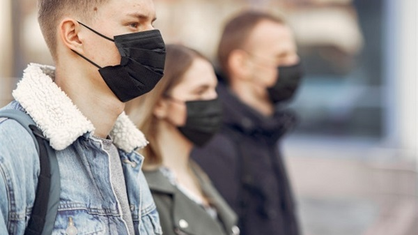 Не до травня, а значно довше: в Україні продовжили режим надзвичайної ситуації через ситуацію з коронавірусом
