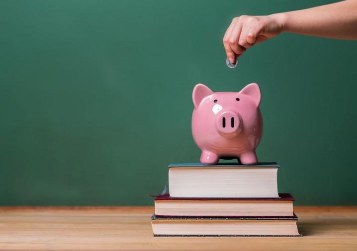 Президентські стипендії за відмінну здачу ЗНО і гранти на навчання за кордоном – від держави