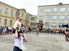 У Хмільницькій громаді для майже 5 тисяч школярів пролунав Останній дзвінок