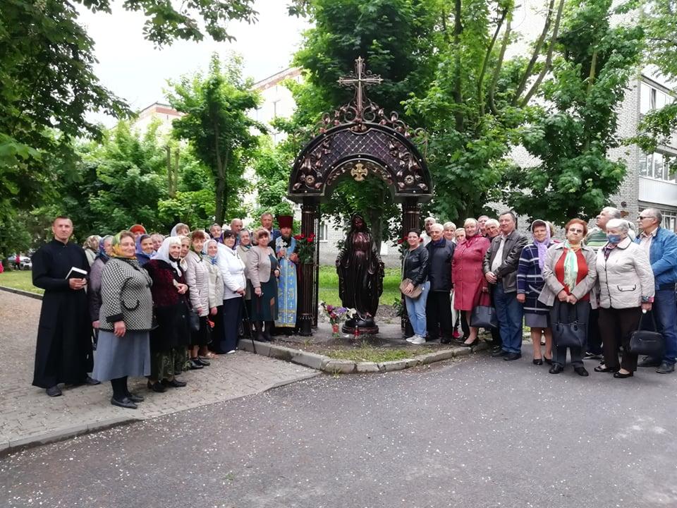 В Хмільнику з'явилась капличка Божої Матері: це перша такого типу каплиця в області