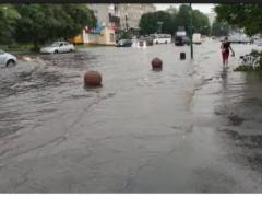У Хмільнику просять відремонтувати або модернізувати системи водовідведення у центрі міста. ПЕТИЦІЯ