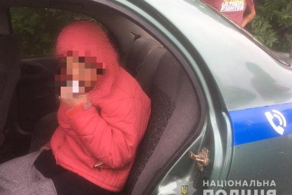 Зниклу 14-річну жительку Хмільницького району шукали під час негоди всю ніч