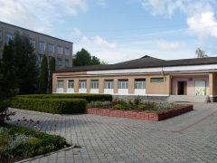 На базі освітніх закладів створять навчально-практичні центри сучасної професійної освіти